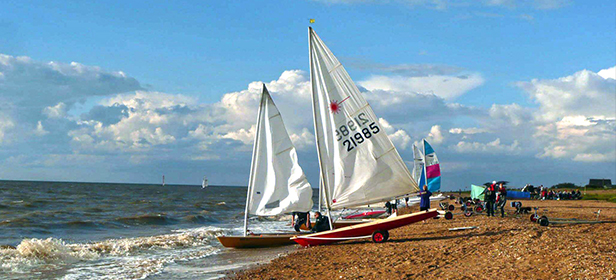 Lazer-sailing-boat-on-Snettisham-Beach-North-West-Norfolk