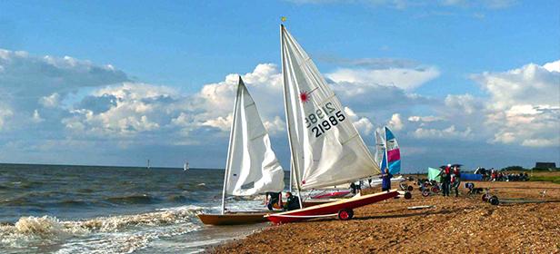 Lazer-sailing-boat-on-Snettisham-Beach-North-West-Norfolk